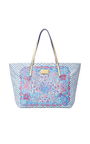 Resort Tote - Pinchers Picnic