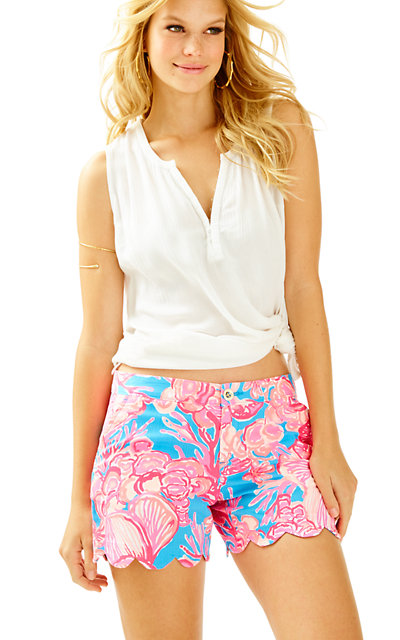 "5"" Buttercup Scallop Hem Short"